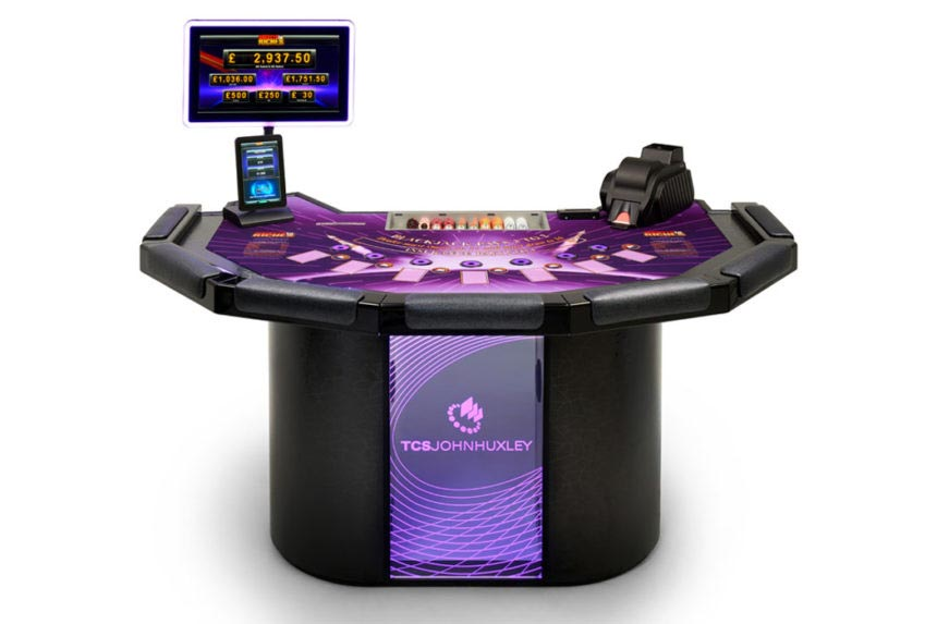 HUXLEY Blackjack Table